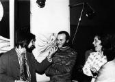 Kiállítása, BME E-klub, 1976 (balról Schrancz Lajos szervező és GOS