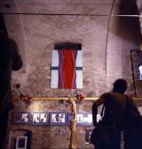 VLS Pm kiállítás fent GOS művével, Szentendre, 1978